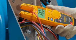 Fluke-voltage-wo-test-leads