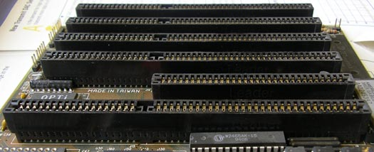 8 and 16-bit ISA expansion slots
