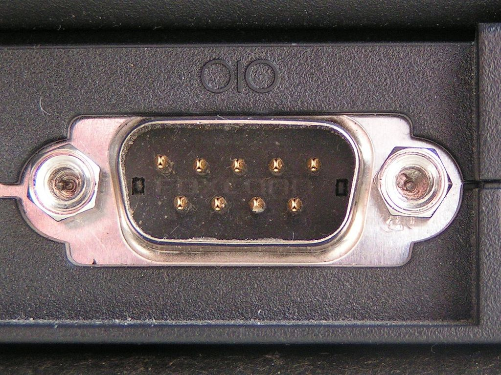http://upload.wikimedia.org/wikipedia/commons/thumb/e/ea/Serial_port.jpg/1024px-Serial_port.jpg